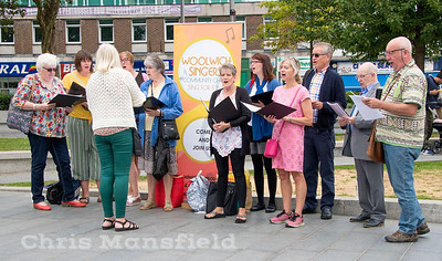 Aug 18th 2018.  The Woolwich singers sing a few songs and try to recruit some new members in General Gordon place
