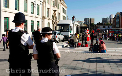 Oct' 15th 2011.. Police watch over GG square