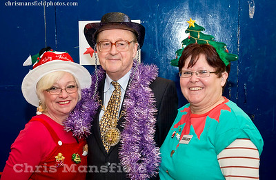 Dec' 19th 2015 . Mayor Norman Adams with volunteers at the WSUP Christmas lunch