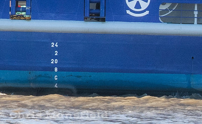 Feb' 3rd 2019...  You may need to tilt your screen, but you should just be able to see the mooring buoy disappearing under the ferry .... just a couple of feet from the prop' ....  So close to causing major damage