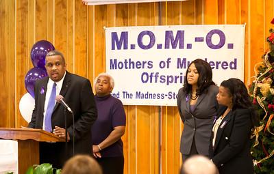 M O M -O Press Conference 12-15-11 036