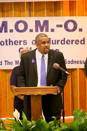 M O M -O Press Conference 12-15-11 034