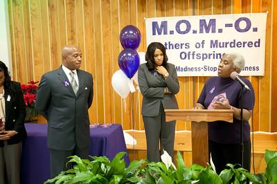 M O M -O Press Conference 12-15-11 066