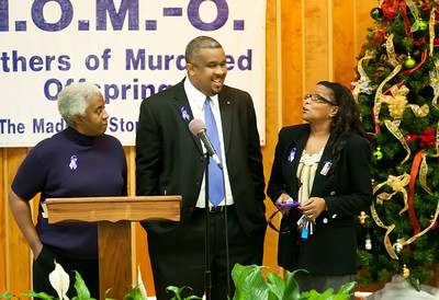 M O M -O Press Conference 12-15-11 027