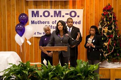 M O M -O Press Conference 12-15-11 041