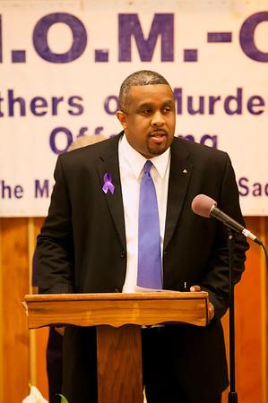 M O M -O Press Conference 12-15-11 032