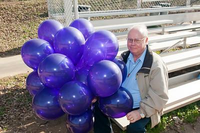 M O M-O Annual Balloon Release @ Frazier Park 1-1-12 010