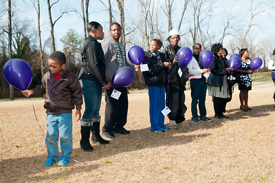 M O M-O Annual Balloon Release @ Frazier Park 1-1-12 033