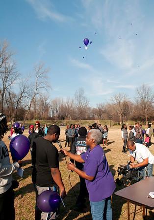 M O M-O Annual Balloon Release @ Frazier Park 1-1-12 059