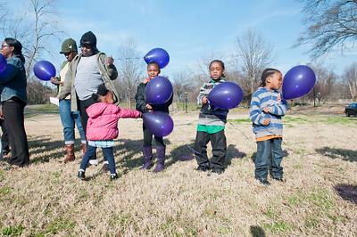M O M-O Annual Balloon Release @ Frazier Park 1-1-12 031