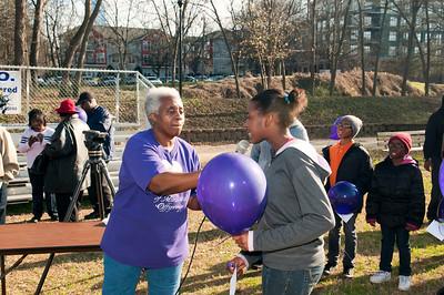 M O M-O Annual Balloon Release @ Frazier Park 1-1-12 053