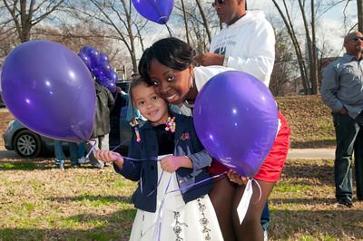 M O M-O Annual Balloon Release @ Frazier Park 1-1-12 032