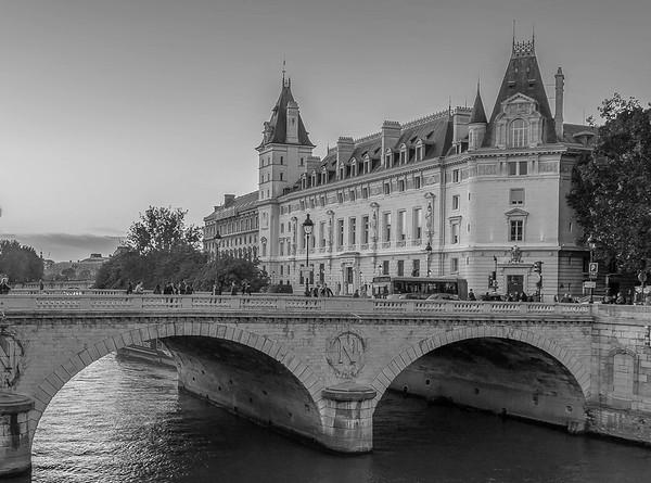 Pont Saint-Michel, Paris