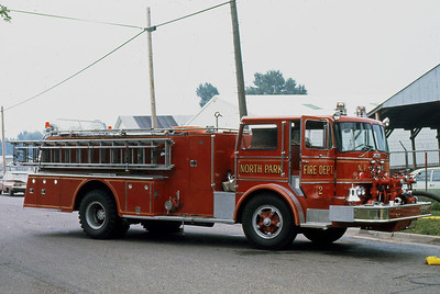 1973  MONROE FIRE SCHOOLNORTH PARK FD  ENGINE 802  FORD C - HOWE    JDS PHOTO