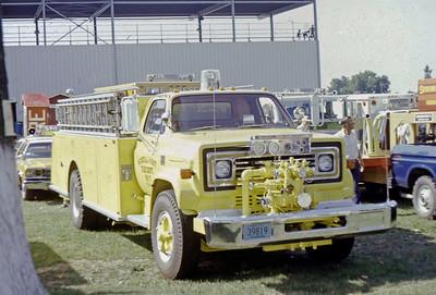 1975  MONROE FIRE SCHOOL  MINERAL POINT FD WI  TANKER 7  CHEVY C65 -    JDS PHOTO