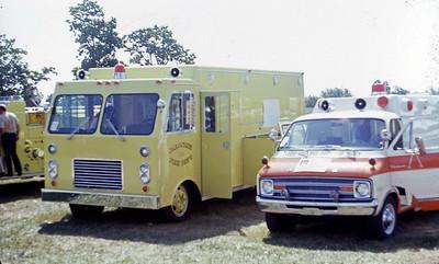 1975  MONROE FIRE SCHOOL  OKAUCHEE FD WI  RESCUE 284   JDS PHOTO