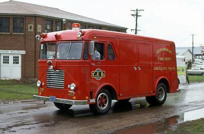 1977  MONROE FIRE SCHOOL  CEDARBURG FD WI  SQUAD  FWD    JDS PHOTO