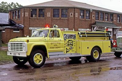 1977  MONROE FIRE SCHOOL  RHEMS VFD WI  ENGINE 3601  FORD F900 - DARLEY    JDS PHOTO