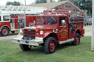 1981  MONROE FIRE SCHOOL  MOUNT HOREB FD WI  WAGON 569  JEEP 4X4 - MHFD    JDS PHOTO