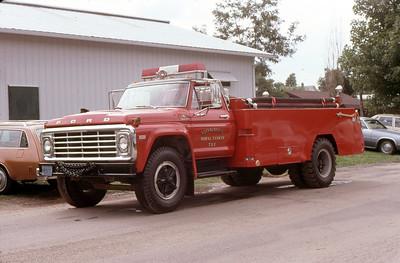 1981  MONROE FIRE SCHOOL  MONROE FD WI  TANKER 752  FORD F800 - MONROE