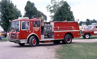 1981  MONROE FIRE SCHOOL  McFARLAND FD WI  ENGINE 484  MACK MC - PIERCE   JDS PHOTO