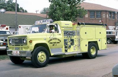 LYNN-SCOTT-ROCK FPD  ENGINE 5001 1982  CHEVY C70 - FMC   1000-750   1983  MONROE FIRE SCHOOL