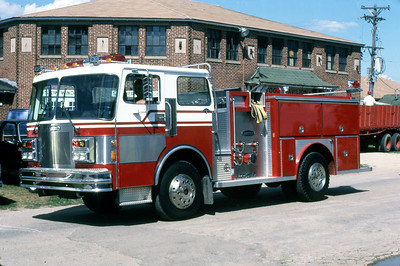 E-ONE DEMO ENGINE   APARTAN - E-ONE    1984 MONROE FIRE SCHOOL