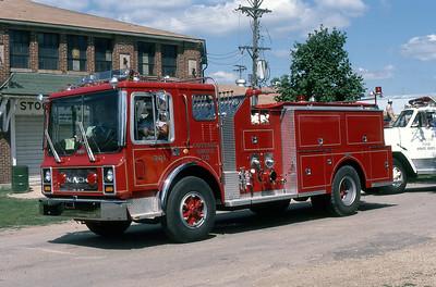 COTTAGE GROVE FD  ENGINE 305  MACK MC - PIRSCH  AT 1984 MONROE FIRE SCHOOL