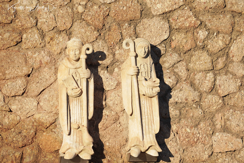 Little Gargoyles that are Oriental in their attributes at the entrance to the Monastery!