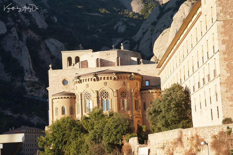 The architecture of the Monastery blends itself well with the serrated majesty of the surrounding mountain range of Montserrat!