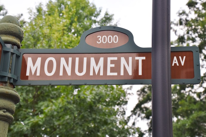Monument Ave. is an avenue in Richmond, Virginia with a tree-lined grassy mall dividing the east- and westbound traffic and is punctuated by statues memorializing Virginian Confederate participants of the American Civil War.