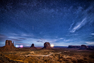 MONUMENTAL NIGHT SKY 2