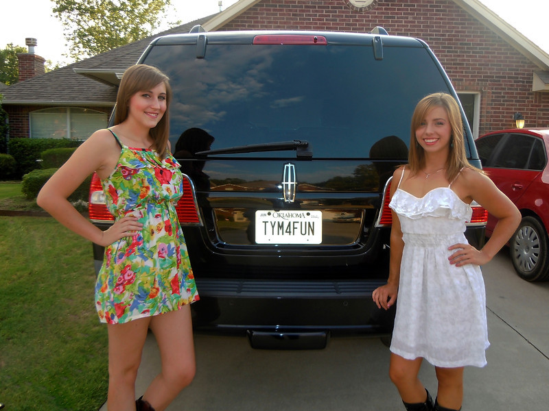 ANITA P & HALLE A<br /> Riding the Black Stallion <br /> BILLY CURRINGTON Concert <br /> 2011-07