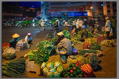 Chợ Đà Lạt buổi sớm mai