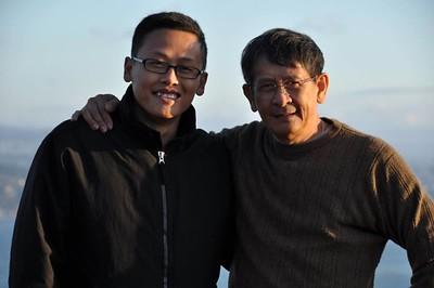 Trương Anh Dũng và con trai