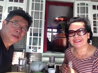 Nguyễn Phước Bửu Đàn và phu nhân