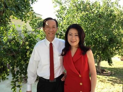 Lê Thị Tuyết Phượng (phải)  - phu quân Nguyễn Cao Bộ (72-73)