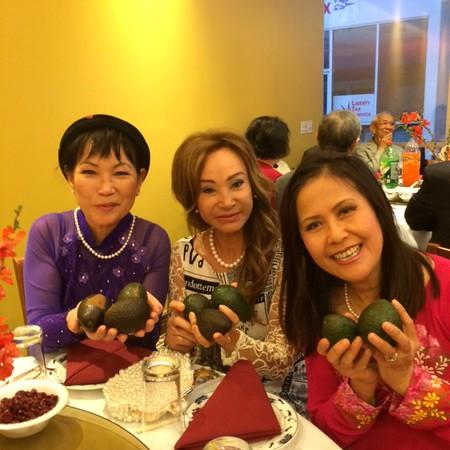 Đặng Thị Cung, Đỗ Mùi, Sonia Thanh Thủy