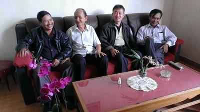 Đồng,thầy Phạm Văn An, Cường, Hưng