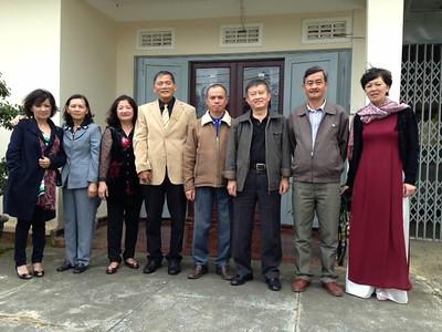 Cúc,Thu,Dung,thầy Phan Nam,Thanh,Cường,Hùng,Thành