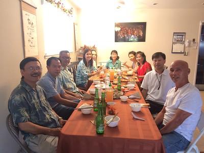 trái:anh Dũng của Sonia TT, Trần Liên, Nguyễn Hoàng Sơn, Thanh Thủy, Ánh Thu. phải:Trần Quốc Lăng, bạn Sơn, Trinh, Băng Thanh, Đặng Thị Cung