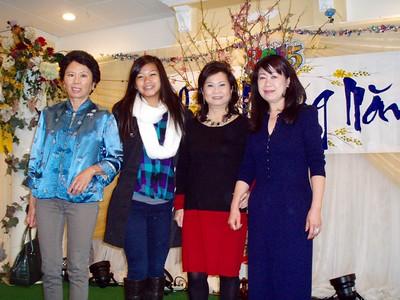 2&3: ái nữ & hiền thê của Nguyễn Hoàng Sơn,  Tuyết Phượng