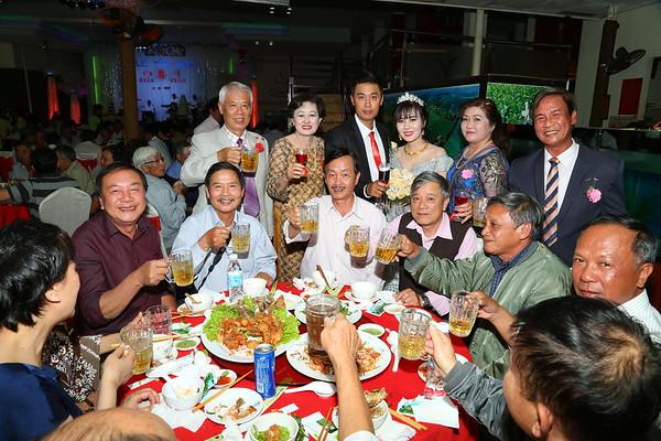 đứng: Văn Công Nam(1).  Ngồi: Dũng, Đồng, Hùng, Phước, Tâm, Hớn