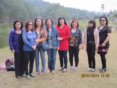 Cam, Hà, Vy, Lan, Thu, Oanh (Tiến Nam), Tín, Anh