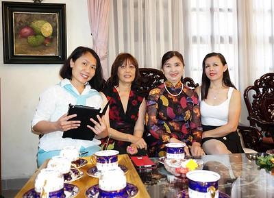 Hồ Thị Minh,Hoài An,Cô Liễu (phu nhân  Thầy Nguyễn Quang Tuyến),HMS