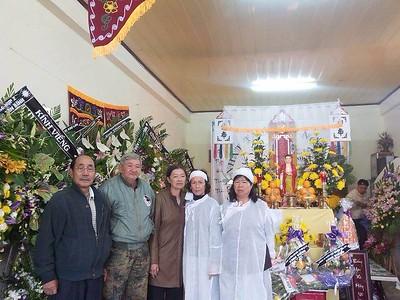 1 hình - Tang Lễ mẹ của Quang&Phương Thanh