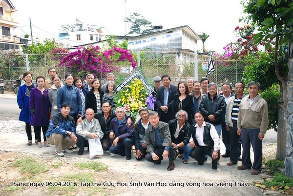 Học sinh lớp  73-74  đến dâng hoa và tiễn đưa Thầy Lưu Văn Nguyên  đến nơi an nghỉ cuối cùng