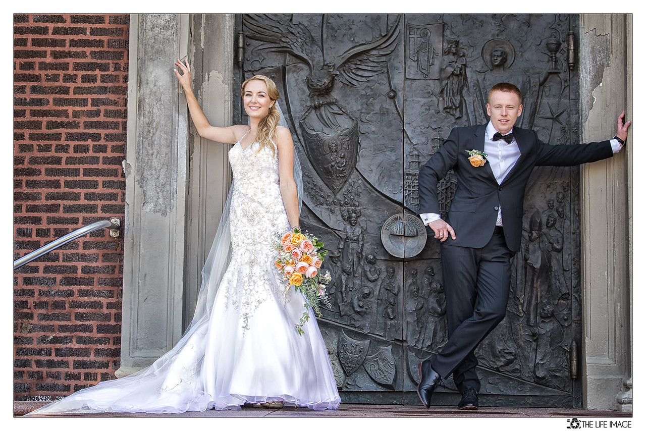 ANGELIKA MATEUSZ CHURCH DOOR I-X3-2