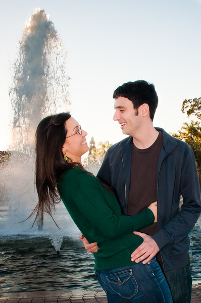 1-101129-Laura-Dan-engagement-©8twenty8_Studios