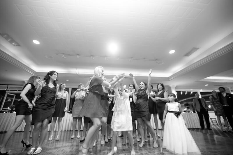 0744-111022-lindsay-joey-wedding-©8twenty8_Studios